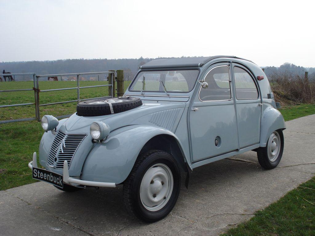 Citroën 2 CV Sahara 4x4
