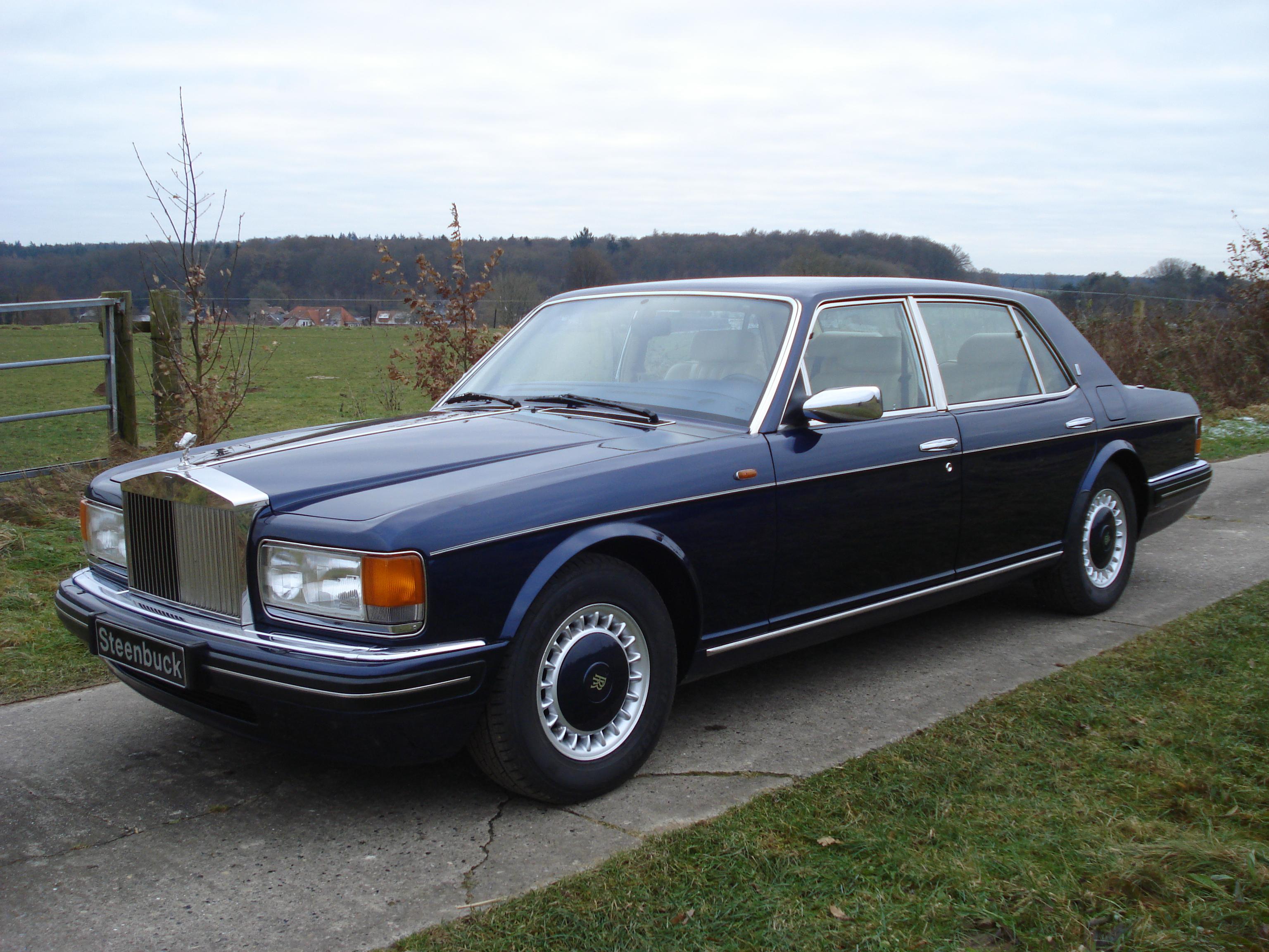 Rolls-Royce New Silver Spur