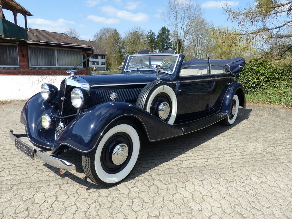Horch 830 BL